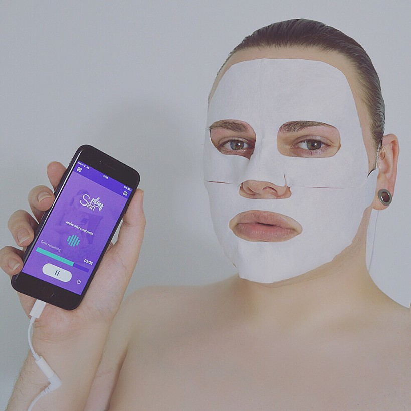Play Skin Face Mask